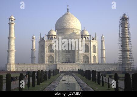 View of the Taj Mahal under construction, Agra, India - Stock Photo