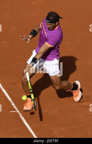 Madrid, Spain. 14th May, 2017. Spain's Rafael Nadal returns the ball during the men's final against Austria's Dominic - Stock Photo