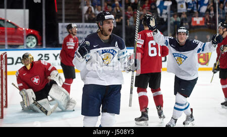 Paris, France. 14th May, 2017. Valtteri Filppula (centre) of Finland celebrates a goal during the Ice Hockey World - Stock Photo