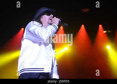Somerset, Wisconsin, USA. 14th May, 2017. Singer and songwriter Kid Rock performs during the Northern Invasion Music - Stock Photo