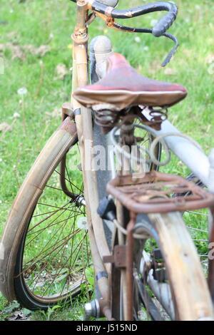 Rusty Bicycle - Stock Photo