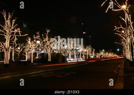 winter berlin middle avenue christmas pleasant anticipation xmas x-mas unter - Stock Photo