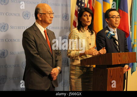 New York City, USA. 16th May, 2017. Nikki Haley speaks on North Korea missile launches outside UN Security Council on May 16, with counterparts from Japan (Koro Bessho) and South Korea (Tae-yul Cho) Credit: Matthew Russell Lee/Alamy Live News