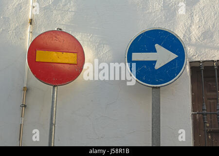Cordoba, Cordoba Province, Andalusia, southern Spain.  No entry sign and sign showing direction to drive. - Stock Photo