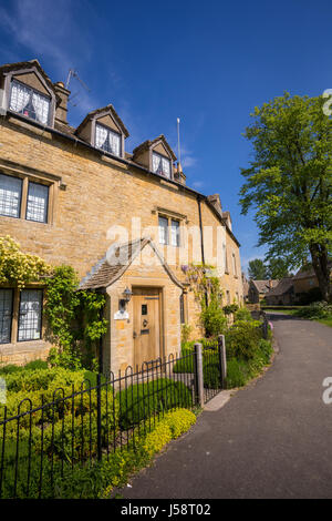 Beautiful old Cotswolds house, Lower Slaughter, Gloucestershire, England Britain UK tourist spot village - Stock Photo