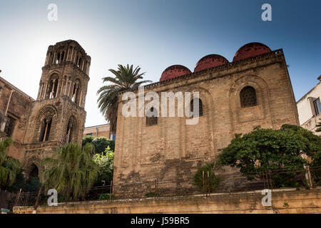 PALERMO, ITALY - October 14, 2009: The three red domes of the church of 'San Cataldo' in Palermo Sicily - Stock Photo