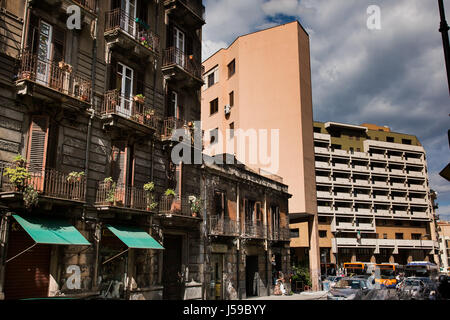 PALERMO, ITALY - October 14, 2009: TArchitectural contrasts between old and new structures in Palermo, Sicily - Stock Photo
