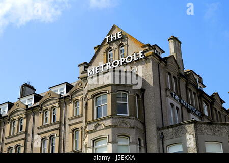 Padstow, Cornwall, UK - April 6th 2017: 'The Metropole' hotel in the Cornish seaside town of Padstow - Stock Photo