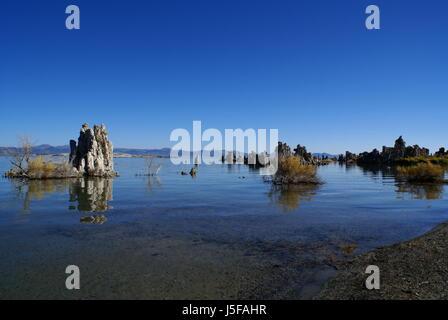 USA California Salt Lake Tuff Stone Stone Sculpture Reflection - Usa width coast to coast