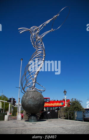 Beacon of Hope Sculpture (Belfast), Nuala with the Hula, The Statue of Harmony by Andy Scott. Art in Belfast - Stock Photo