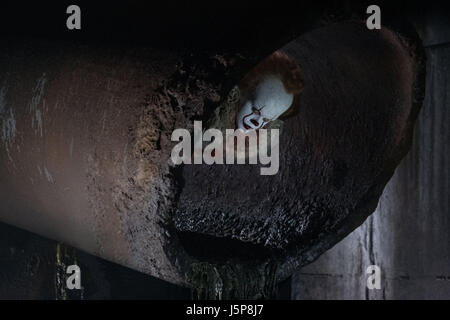 IT (2017)  BILL SKARSGARD  ANDREW MUSCHIETTI (DIR)  NEW LINE CINEMA/MOVIESTORE COLLECTION LTD - Stock Photo