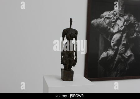 Gagosian Gallery, London, UK. 18th May, 2017. Substance and Shadow Alberto Giacometti sculptures and their photographs - Stock Photo
