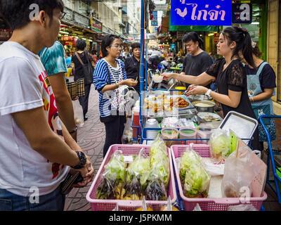 May 18, 2017 - Bangkok, Bangkok, Thailand - A fried meat street stall on a side street in Bangkok's Chinatown. City - Stock Photo