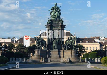 Austria, Vienna, Kunsthistorisches Fine Arts Museum, Maria Theresa statue, inaugurated 1888 - Stock Photo