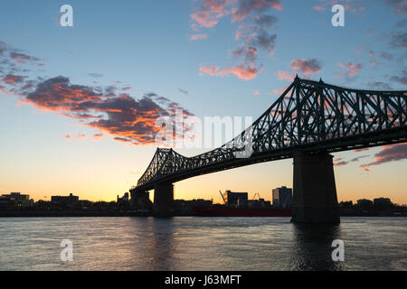Montreal, CA - 15 May 2017: Jacques-Cartier Bridge and Saint-Lawrence River. - Stock Photo