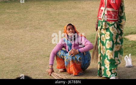 clean and green jaipur in hindi 28 फ़रवरी 2018  ibn khabar, ibn7 और etv news अब है news18 hindi सबसे सटीक और सबसे  तेज़ hindi news अपडेट्स rajasthan news in hindi यहां.