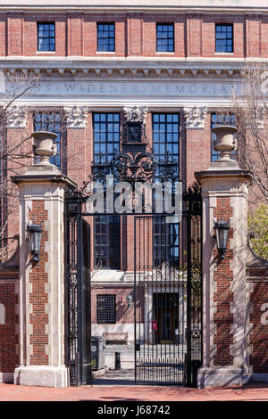 Boylston Gate with Widener Library at Harvard University campus in Cambridge, MA, USA. - Stock Photo