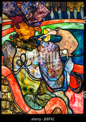 Toulouse-Lautrec and Louis Comfort Tiffany. Stained glass entitled 'Au Nouveau Cirque, Papa Chrysanthème' (At the - Stock Photo