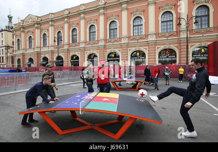 St Petersburg, Russia. 20th May, 2017. Football fans at a ceremony to open the 2017 FIFA Confederations Cup Park - Stock Photo