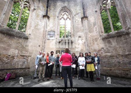 London, UK. 20th May, 2017. Nunhead Cemetery Annual Open Day © Guy Corbishley/Alamy Live News - Stock Photo