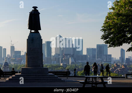 Statue of General James Wolfe overlooking Canary Wharf from Greenwich Park, London, England, United Kingdom, UK - Stock Photo