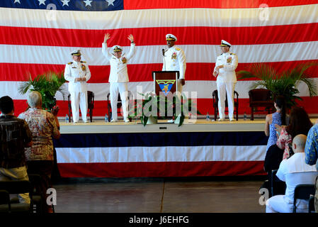 160812-N-SS432-053  BARKING SANDS, Hawaii (Aug. 12, 2016) Capt. Bruce Hay acknowledges the audience as they give - Stock Photo
