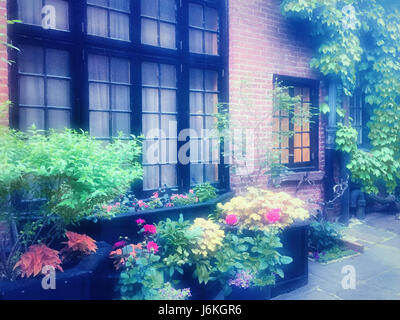 Sniffen Court Historic District in Murray Hill, NYC - Stock Photo