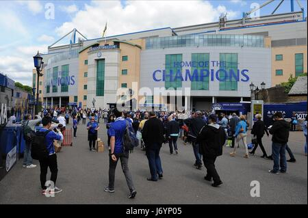 A GENERAL VIEW OF STAMFORD BRI CHELSEA PREMIER LEAGUE CHAMPIO STAMFORD BRIDGE STADIUM LONDON ENGLAND 21 May 2017 - Stock Photo