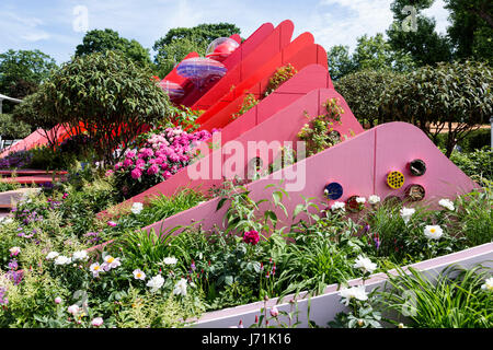 London, UK. 22nd May, 2017. The Silk Road Garden, Chengdu China is architect Laurie Chetwood and garden designer - Stock Photo