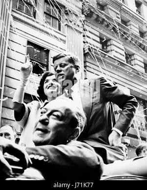 the assassination of the 35th president of the united states of america john f kennedy Served as the 35th president of the united states of america from january 1961 until his assassination in november 1963 events that occurred during kennedy's presidency: cuban missile crisis (16-28 october 1962).