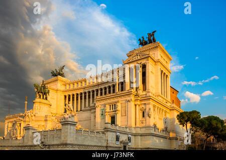 The Altare della Patria, also known as the Monumento Nazionale a Vittorio Emanuele II ('National Monument to Victor - Stock Photo