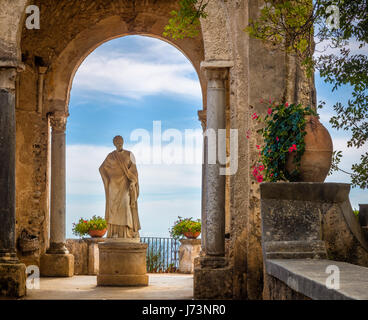 Villa Cimbrone is a historic building in Ravello, on the Amalfi coast of southern Italy. - Stock Photo