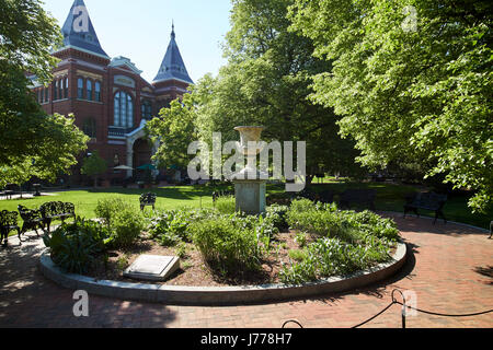 smithsonian arts and industries building and enid haupt gardens Washington DC USA - Stock Photo
