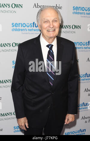 New York, USA. 23rd May, 2017. Actor Alan Alda attends the 2017 SeriousFun Children's Network Gala at Chelsea Piers, - Stock Photo