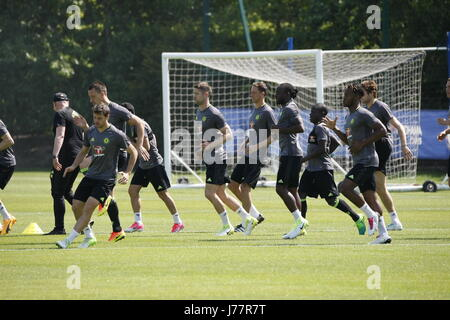 Cobham, Surrey, UK. 24th May, 2017. Chelsea Football Club players train at the clubs academy in Cobham in preparation - Stock Photo