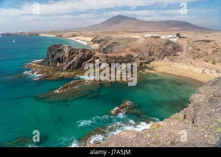 Playas de Papagayo bei Playa Blanca, Insel Lanzarote, Kanarische Inseln, Spanien |  Playas de Papagayo near  Playa - Stock Photo