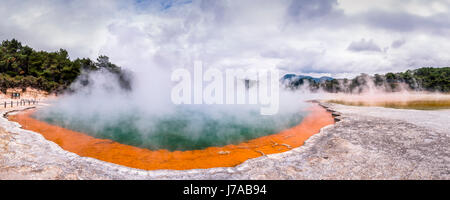 New Zealand, Rotorua, Wai-O-Tapu Thermal Wonderland, Champagne Pool - Stock Photo