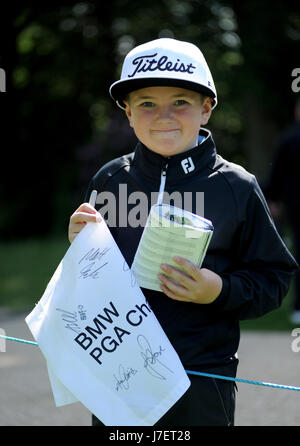 Virginia Water, Surrey, UK. 24th May, 2017. A young autograph hunter at the Pro-Am event prior to the European Tour - Stock Photo