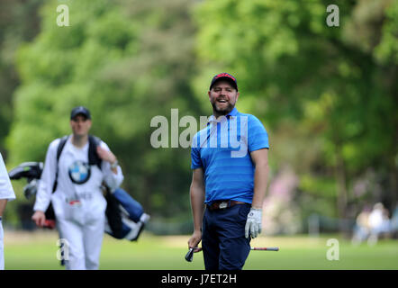 Virginia Water, Surrey, UK. 24th May, 2017. Westlife's Brian McFadden enjoying the Pro-Am event prior to the European - Stock Photo