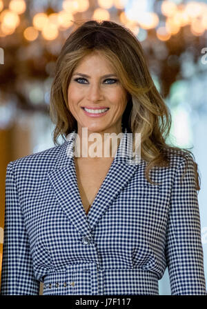 Brussels, Belgium. 24th May, 2017. US First Lady Melania Trump is welcomed at the Royal Palace in Brussels, 24 May - Stock Photo