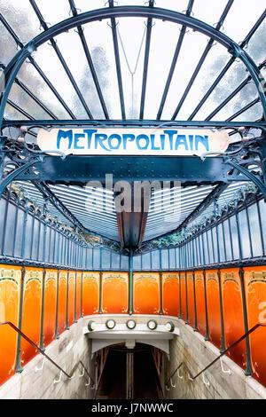 Metro station Porte Dauphine by Guimard - Stock Photo