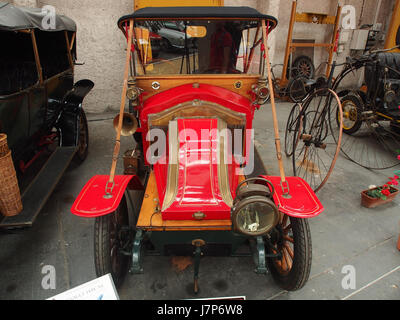 1910 Renault AX, 2 cylinders, 1060 cm3, 6cv pic2 - Stock Photo
