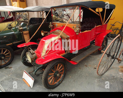 1910 Renault AX, 2 cylinders, 1060 cm3, 6cv pic3 - Stock Photo