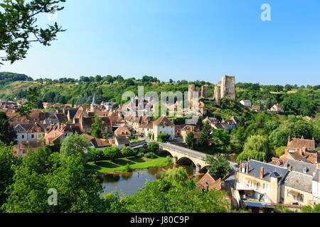 France, Allier, Herisson, the village and Aumance river - Stock Photo