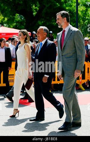Madrid, Spain. 26th May, 2017. Spain's King Felipe VI (R), his wife, Queen Letizia (L), and  Marcelo Rebelo de Sousa - Stock Photo