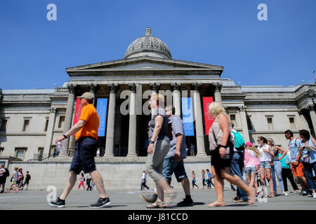 London, UK. 26th May, 2017. The National Gallery under blue skies on a warm and sunny day in the capital. Credit: - Stock Photo