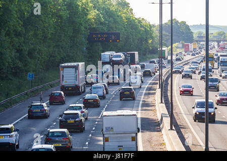 Northampton, M1 motorway, 26th May 2017, Heavy traffic at junction 15A. Congestion heading North on the M1 with - Stock Photo