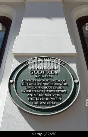 city of westminster green plaque marking a home and workplace of chemist and inventor ambrose godfrey, covent garden, - Stock Photo