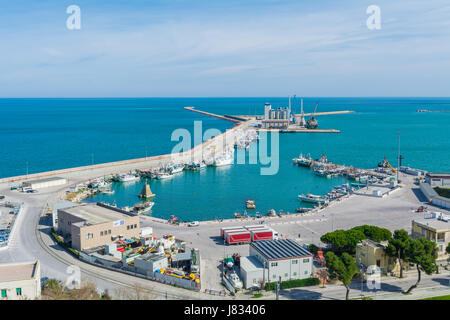 Ortona (Abruzzo, Italy) - The city on the Adriatic sea, with great port, medieval castle and panoramic historic - Stock Photo