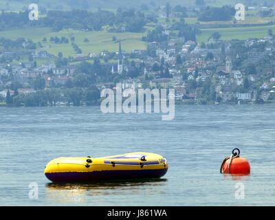 look glancing see view looking peeking looking at zurich spare time free time - Stock Photo